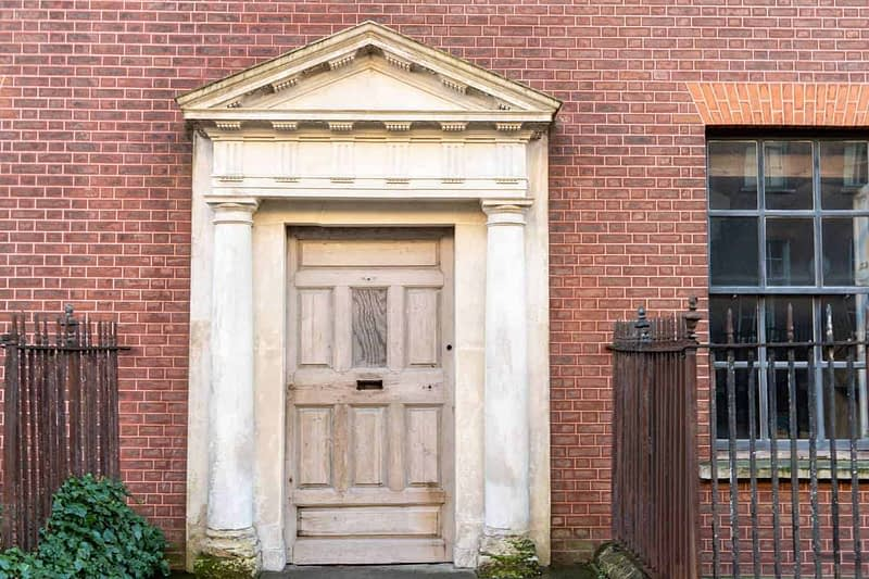 NUMBER-13-HENRIETTA-STREET-THE-HAUNTED-HOUSE-160586-1