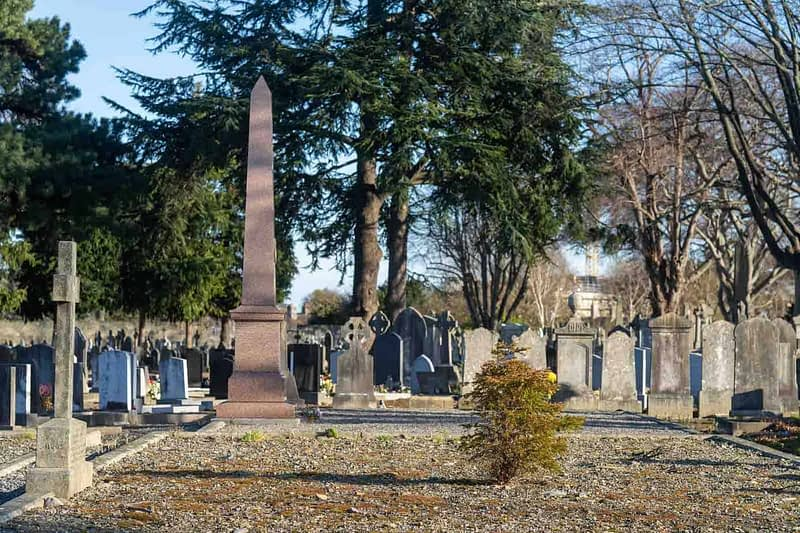 MOUNT-JEROME-CEMETERY-A-SELECTION-OF-OBELISKS-159225-1