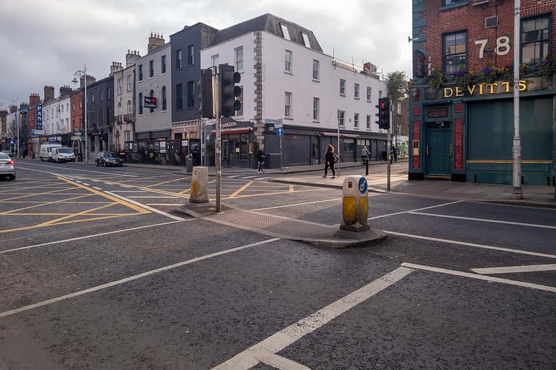 A-WALK-ALONG-CAMDEN-STREET-THE-DAY-BEFORE-THE-LOCKDOWN-160805-1
