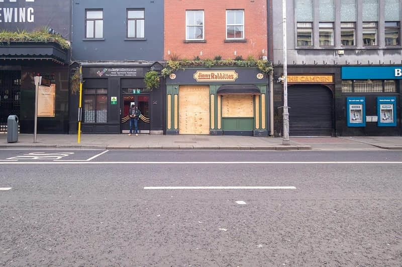 A-WALK-ALONG-CAMDEN-STREET-THE-DAY-BEFORE-THE-LOCKDOWN-160806-1