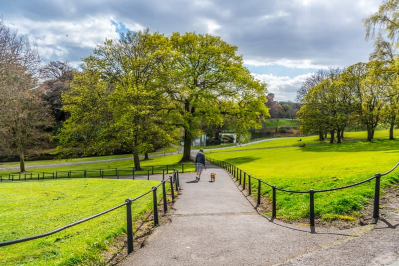 A-WALK-IN-THE-PARK-THE-PEOPLES-FLOWER-GARDENS-IN-PHOENIX-PARK-160256-1