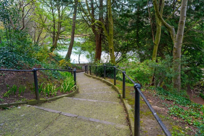 A-WALK-IN-THE-PARK-THE-PEOPLES-FLOWER-GARDENS-IN-PHOENIX-PARK-160260-1