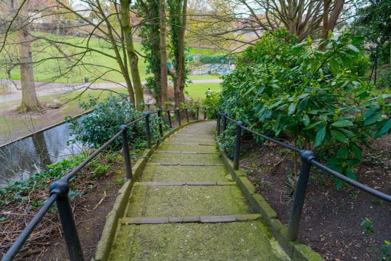A-WALK-IN-THE-PARK-THE-PEOPLES-FLOWER-GARDENS-IN-PHOENIX-PARK-160261-1