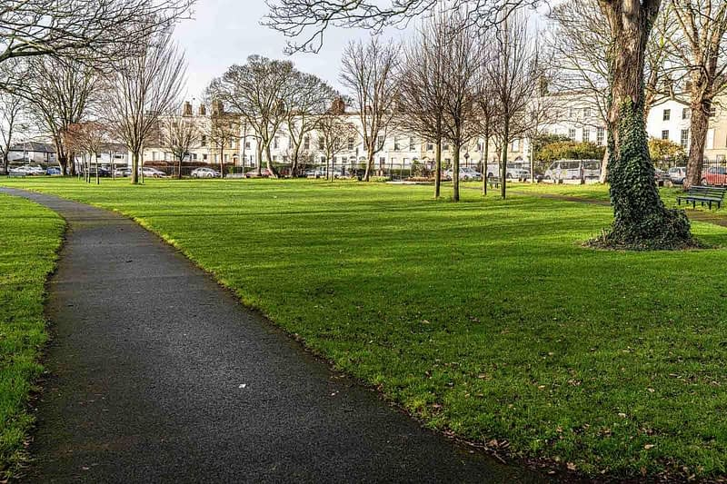 MY-FIRST-TIME-TO-VISIT-BRAM-STOKER-PARK-MARINO-CRESCENT-PARK-158880-1