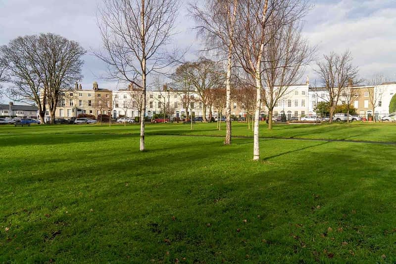 MY-FIRST-TIME-TO-VISIT-BRAM-STOKER-PARK-MARINO-CRESCENT-PARK-158885-1
