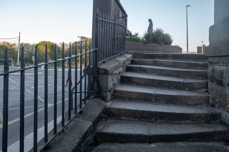 BROADSTONE-GATE-AND-PLAZA-ENTRANCE-TO-GRANGEGORMAN-UNIVERSITY-CAMPUS-161044-1