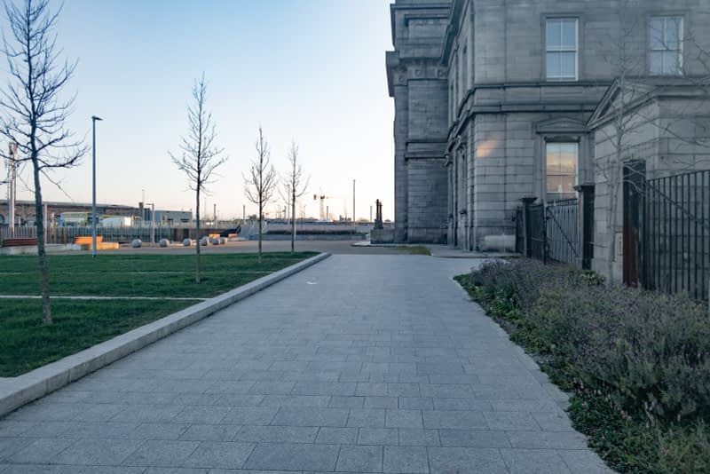BROADSTONE-GATE-AND-PLAZA-ENTRANCE-TO-GRANGEGORMAN-UNIVERSITY-CAMPUS-161045-1