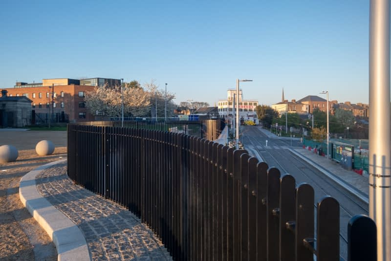 BROADSTONE-GATE-AND-PLAZA-ENTRANCE-TO-GRANGEGORMAN-UNIVERSITY-CAMPUS-161062-1