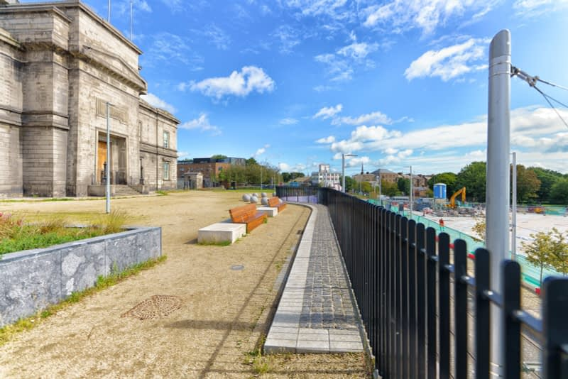 IT-WOULD-APPEAR-THAT-THIS-PROJECT-IS-CLOSE-TO-COMPLETION-GRANGEGORMAN-GATE-BROADSTONE-PLAZA-165870-1