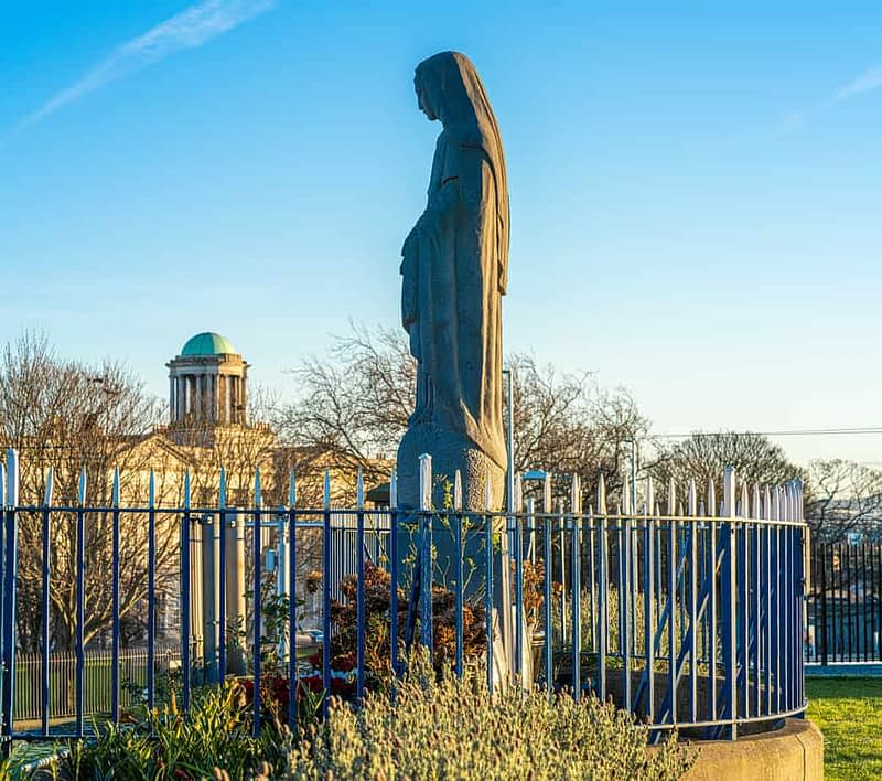 MARIAN-STATUE-INSTALLED-IN-1953-AT-BROADSTONE-STATION-159822-1