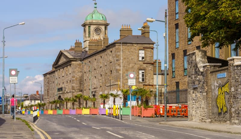A-COMPRESSED-VIEW-OF-LOWER-GRANGEGORMAN-BECAUSE-I-USED-A-105mm-LENS-165720-1