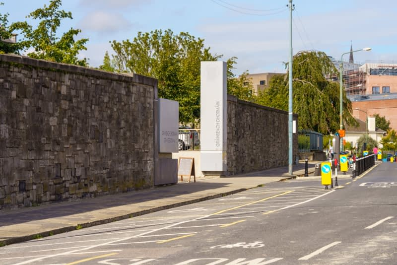 A-COMPRESSED-VIEW-OF-LOWER-GRANGEGORMAN-BECAUSE-I-USED-A-105mm-LENS-165728-1
