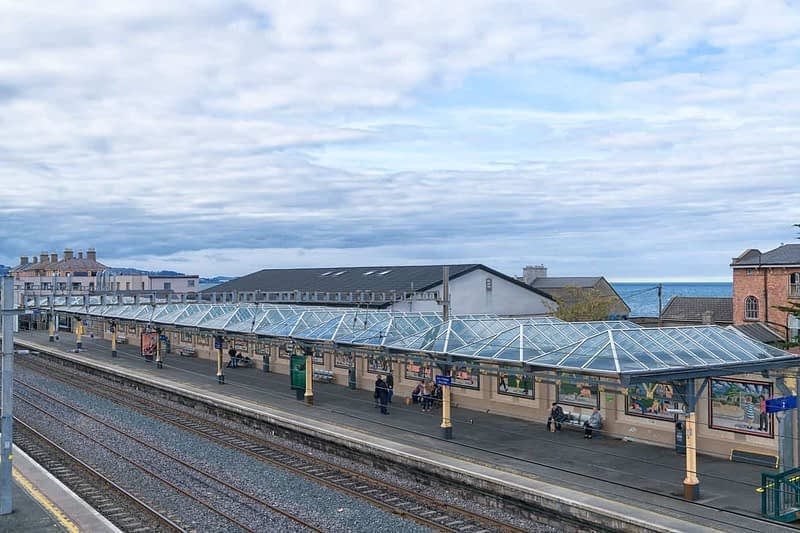 DALY-RAILWAY-STATION-IN-BRAY-AS-IT-WAS-IN-APRIL-2017-165951-1