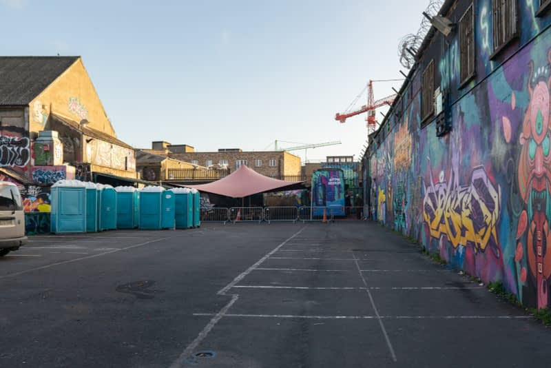 DISAPPEARING-STREET-ART-THE-TIVOLI-CAR-PARK-FRANCIS-STREET-160961-1