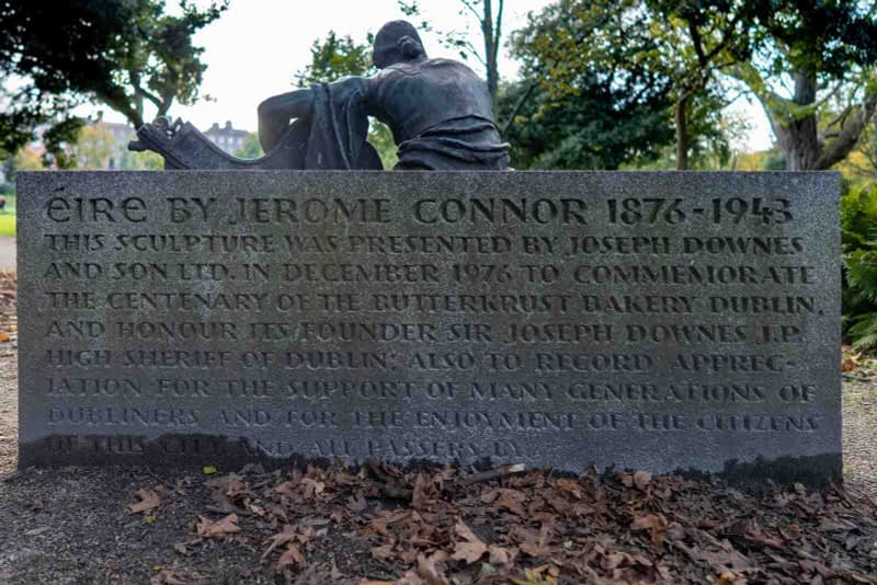 ÉIRE-BY-JEROME-CONNOR-1874-1943-RESTORED-AND-THEN-RELOCATED-WITHIN-MERRION-SQUARE-PUBLIC-PARK-157812-2
