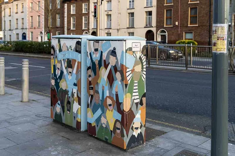 FANS-BY-CLAIRE-FITZPATRICK-PAINT-A-BOX-STREET-ART-ON-LOWER-DRUMCONDRA-ROAD-158671-1
