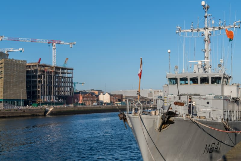 ERIDAN-CLASS-M641-FRENCH-NAVY-VISIT-DUBLIN-IN-APRIL-2017-160324-1