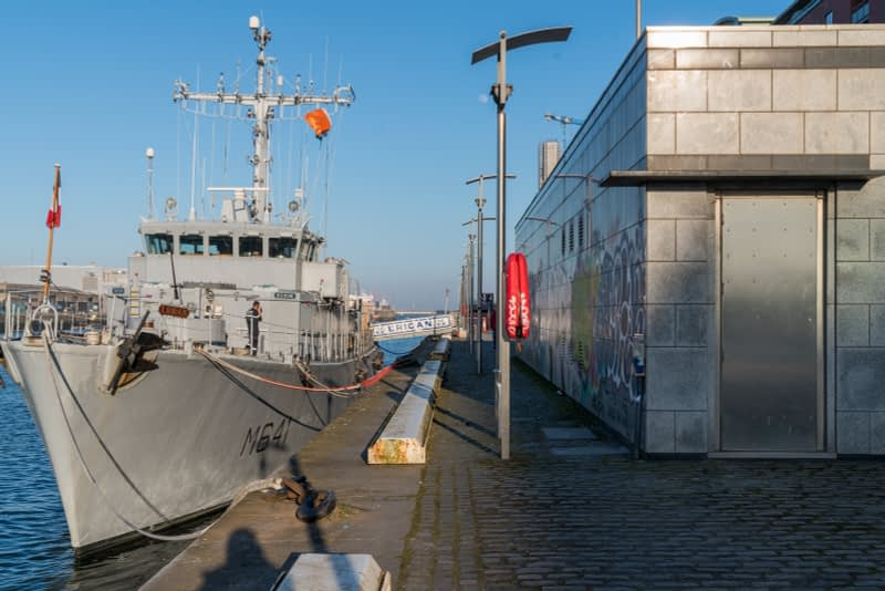 ERIDAN-CLASS-M641-FRENCH-NAVY-VISIT-DUBLIN-IN-APRIL-2017-160326-1
