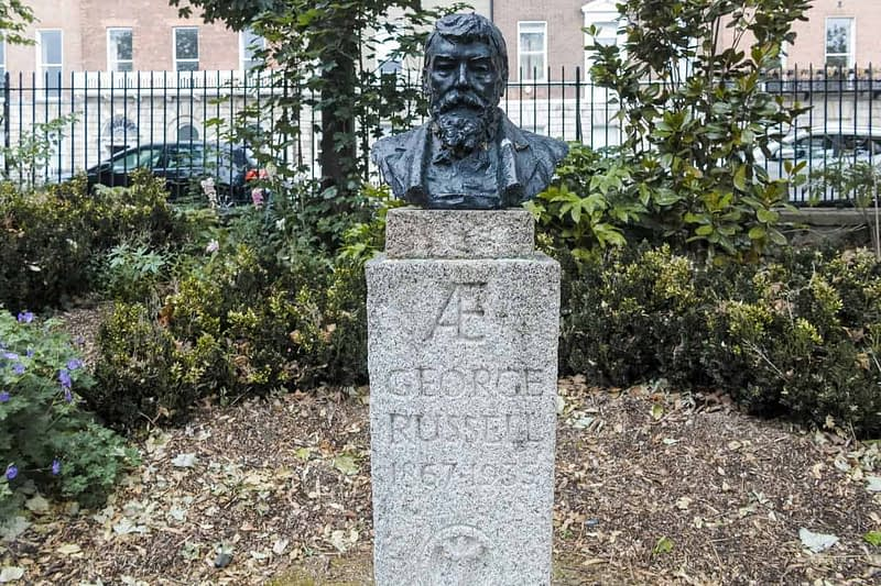 GEORGE-WILLIAM-RUSSELL-Æ-MERRION-SQUARE-PUBLIC-PARK-163087-1