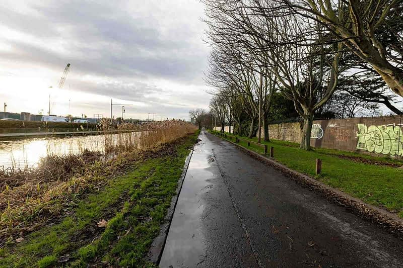 GOLDENBRIDGE-WALK-ALONG-THE-GRAND-CANAL-DRIMNAGH-INCHICORE-159055-1