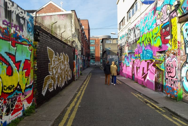 STREET-ART-ON-LIBERTY-LANE-ONE-OF-THE-FEW-GRAFFITI-LANES-REMAINING-IN-THE-CITY-CENTRE-166254-1