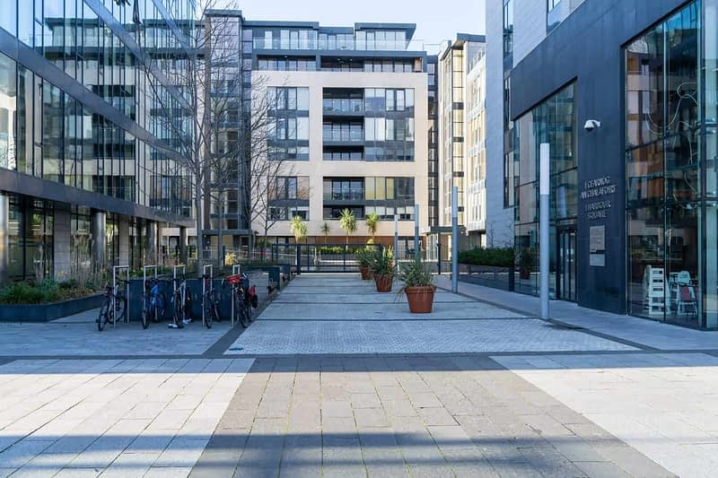 CROFTON-ROAD-AND-THE-NEW-HARBOUR-SQUARE-COMPLEX-DUN-LAOGHAIRE-159984-1
