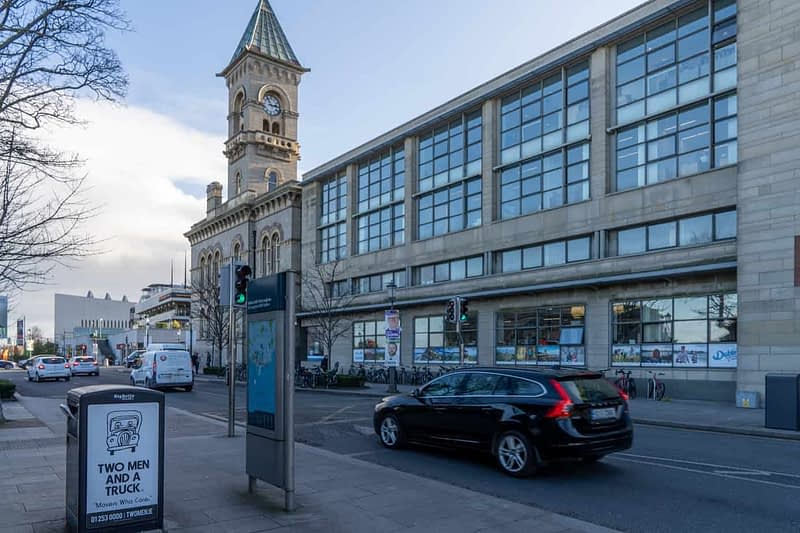 CROFTON-ROAD-AND-THE-NEW-HARBOUR-SQUARE-COMPLEX-DUN-LAOGHAIRE-159992-1