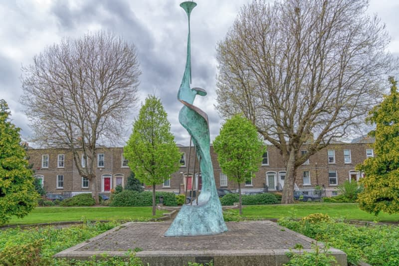 HARMONY-A-SCULPTURE-BY-SANDRA-BELL-PEARSE-SQUARE-PUBLIC-PARK-165979-1