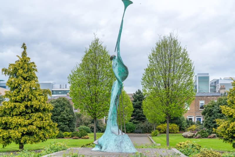 HARMONY-A-SCULPTURE-BY-SANDRA-BELL-PEARSE-SQUARE-PUBLIC-PARK-165982-1