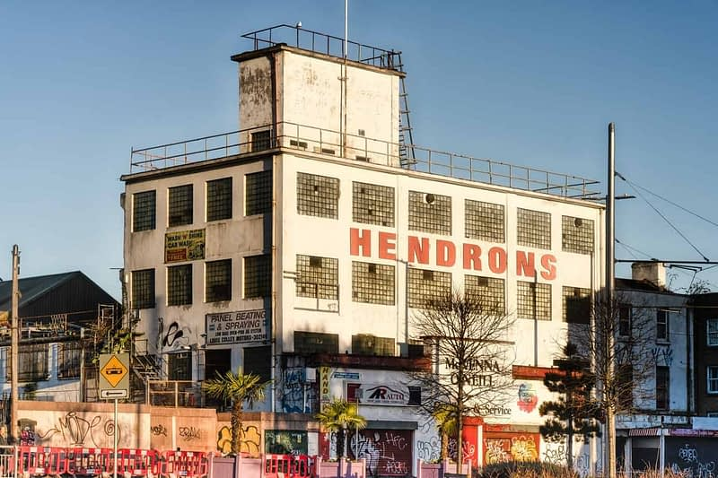 AT-HENDRONS-NOT-LONG-BEFORE-SUNSET-160219-1