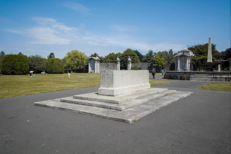 IRISH-NATIONAL-WAR-MEMORIAL-GARDENS-ISLAND-BRIDGE-DUBLIN-162934-1
