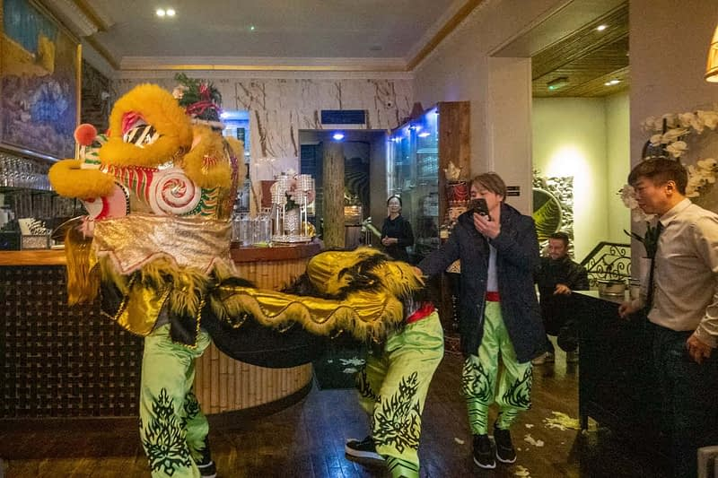 LION-DANCE-ON-CAPEL-STREET-MIEKO-KING-RESTAURANT-159636-1
