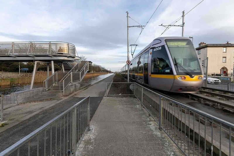 DRIMNAGH-LUAS-TRAM-STOP-AT-GOLDENBRIDGE-CEMETERY-158978-1