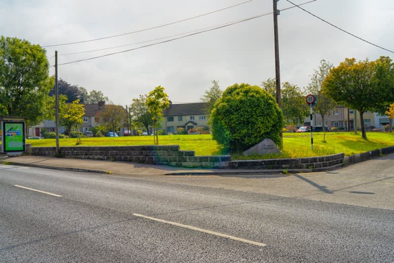 MAY-THE-ROAD-RISE-UP-TO-MEET-YOU-FROM-MILLTOWN-TO-DUNDRUM-VILLAGE-165540-1