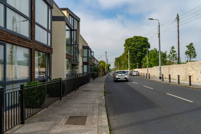 MAY-THE-ROAD-RISE-UP-TO-MEET-YOU-FROM-MILLTOWN-TO-DUNDRUM-VILLAGE-165550-1