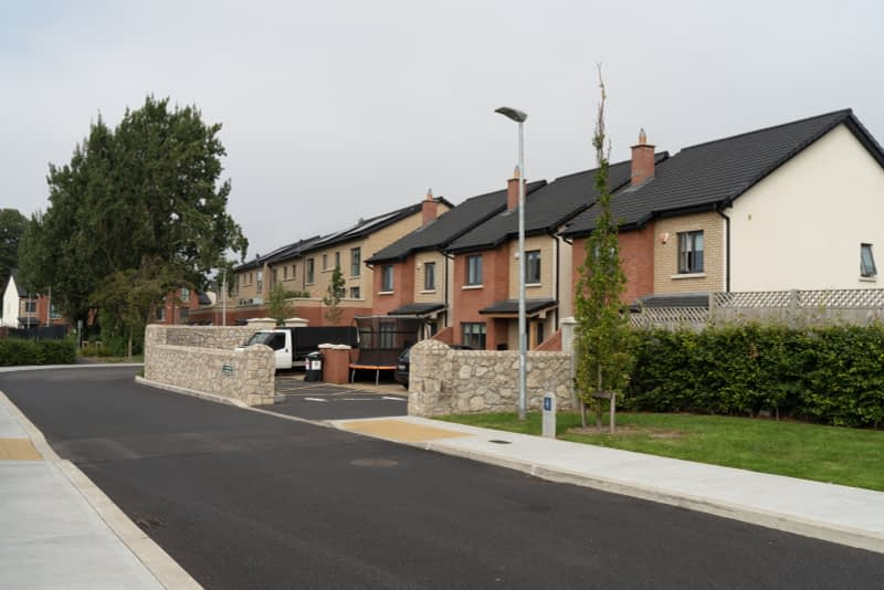MAY-THE-ROAD-RISE-UP-TO-MEET-YOU-FROM-MILLTOWN-TO-DUNDRUM-VILLAGE-165559-1