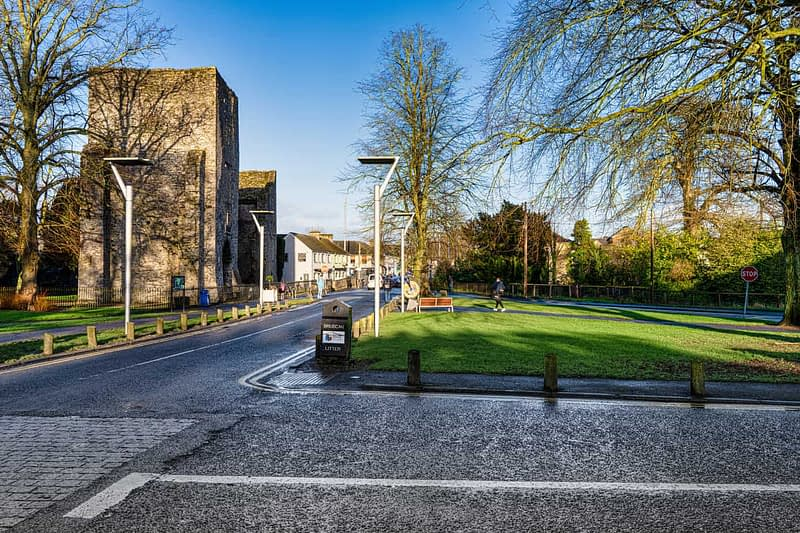 MAYNOOTH-CASTLE-IN-MAYNOOTH-COUNTY-KILDARE-160373-1
