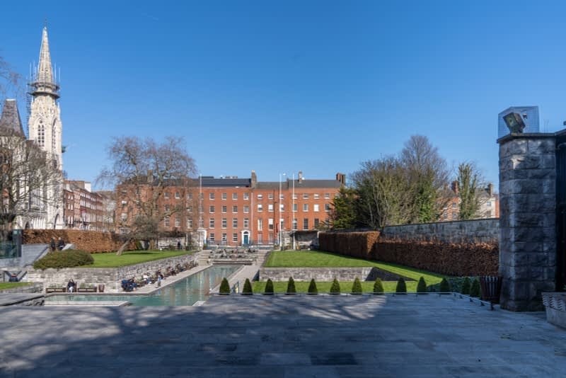 THE-GARDEN-OF-REMEMBRANCE-PHOTOGRAPHED-22-MARCH-2020-PARNELL-SQUARE-160740-1