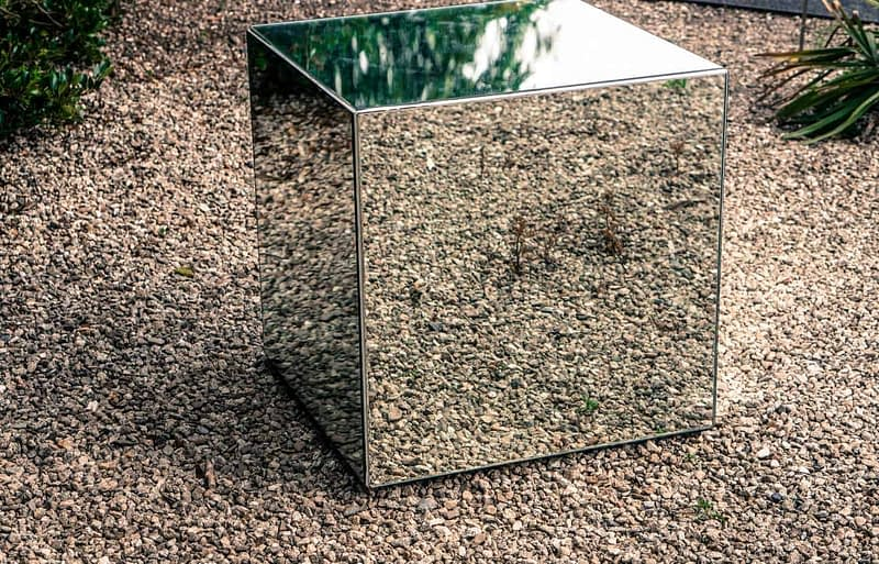 MIRROR-CUBE-SEPTEMBER-2013-BY-AOIFE-BAMBURY-167303-1
