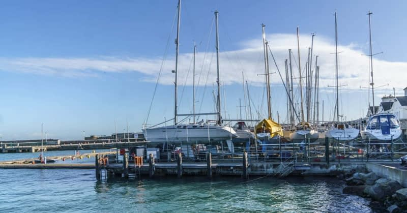 NATIONAL-YACHT-CLUB-DUN-LAOGHAIRE-HARBOUR-160200-1