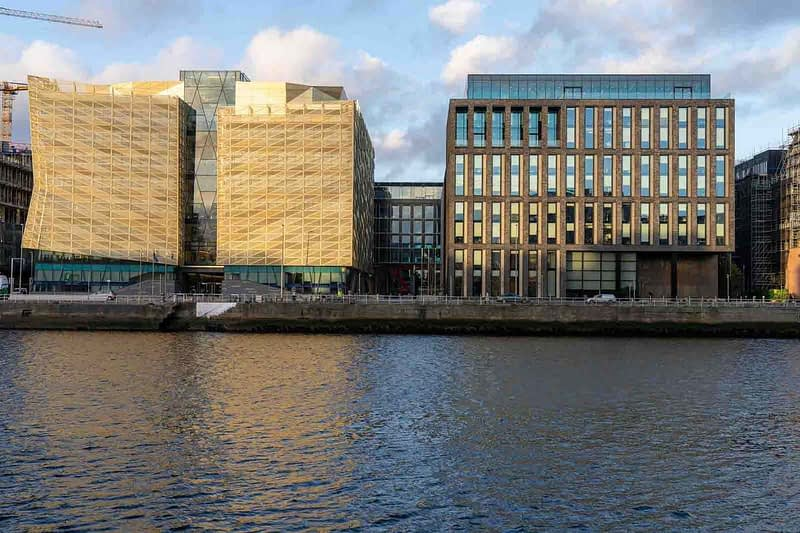 THE-NORTH-WALLAS-SEEN-FROM-SIR-JOHN-ROGERSONS-QUAY-158802-1