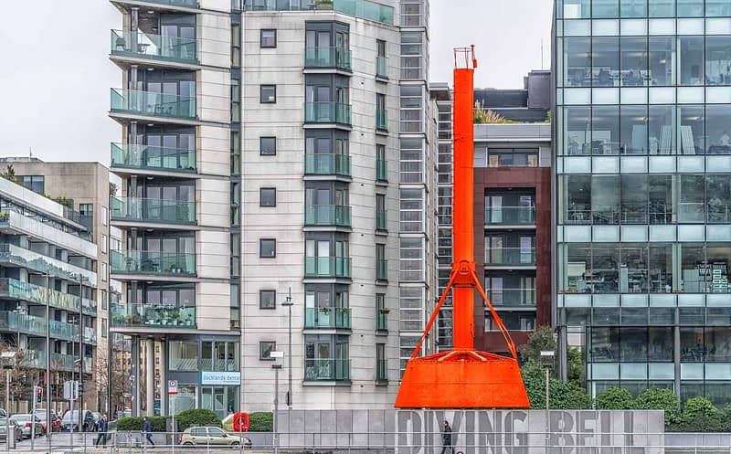THE-DIVING-BELL-ON-SIR-JOHN-ROGERSONS-QUAY-THIS-IS-NOW-A-MINI-MUSEUM-165893-1