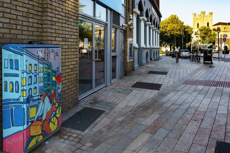 EXAMPLES-OF-PAINT-A-BOX-STREET-ART-IN-DUBLIN-13-SEPTEMBER-2020-166432-1