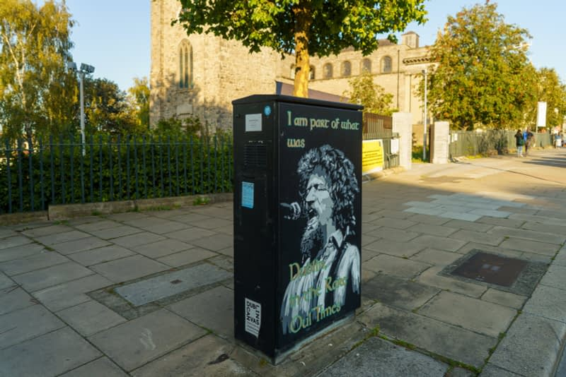 EXAMPLES-OF-PAINT-A-BOX-STREET-ART-IN-DUBLIN-13-SEPTEMBER-2020-166434-1