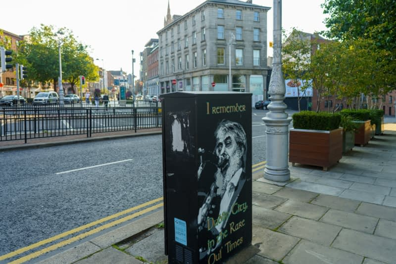 EXAMPLES-OF-PAINT-A-BOX-STREET-ART-IN-DUBLIN-13-SEPTEMBER-2020-166437-1
