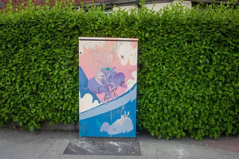 EXAMPLES-OF-PAINT-A-BOX-STREET-ART-18-JULY-2020-167514-1