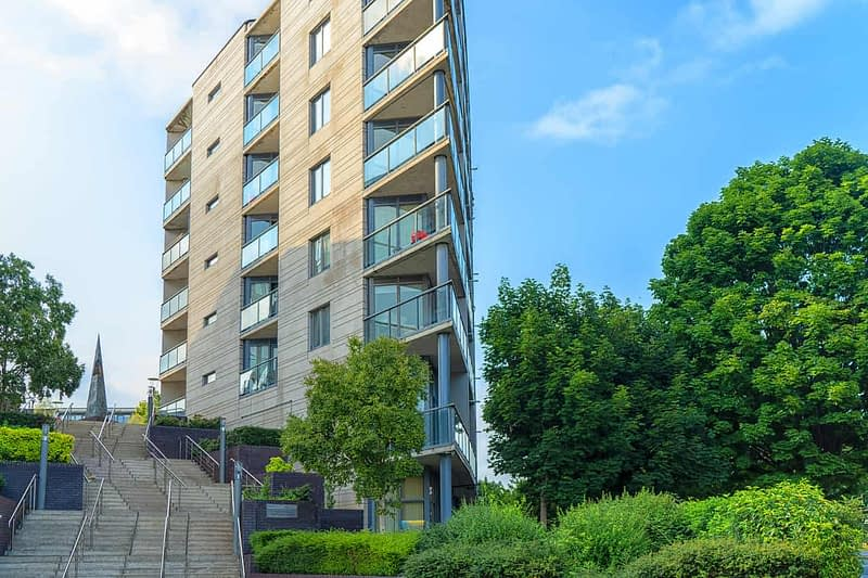 PROSPECT-HILL-APARTMENT-COMPLEX-ON-FINGLAS-ROAD-165609-1