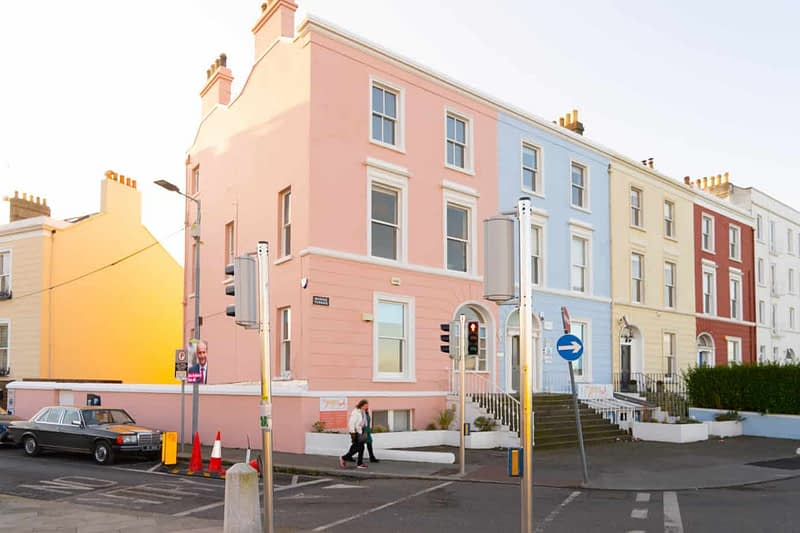 DUN-LAOGHAIRE-WATERFRONT-ALONG-QUEENS-ROAD-159887-1