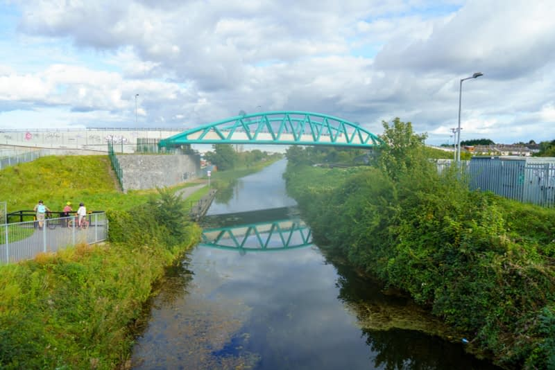 ROYAL-CANAL-WAY-NEAR-WHERE-THE-RATOATH-ROAD-CROSSES-THE-CANAL-AND-RAILWAY-165923-1