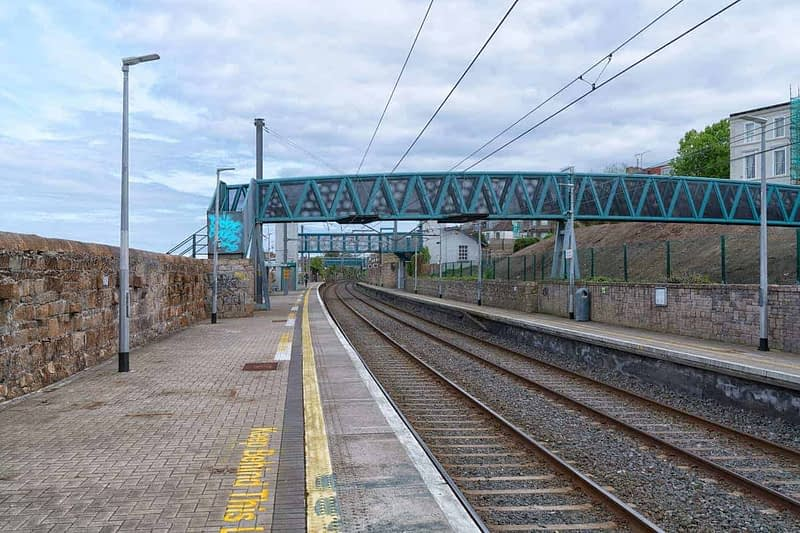 TRAIN-STATION-SEAPOINT-165978-1